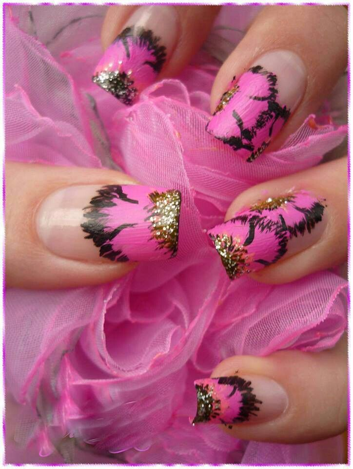 pink with black etching and gold accents | Nail polish | Pinterest ...