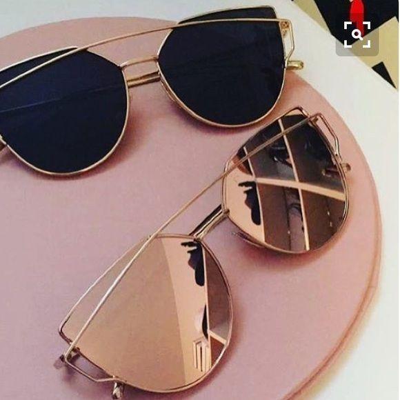 02d12d7eda1f Dior Accessories - HP Black&Gold Cat Eye Mirrored Wired Sunglasses ...