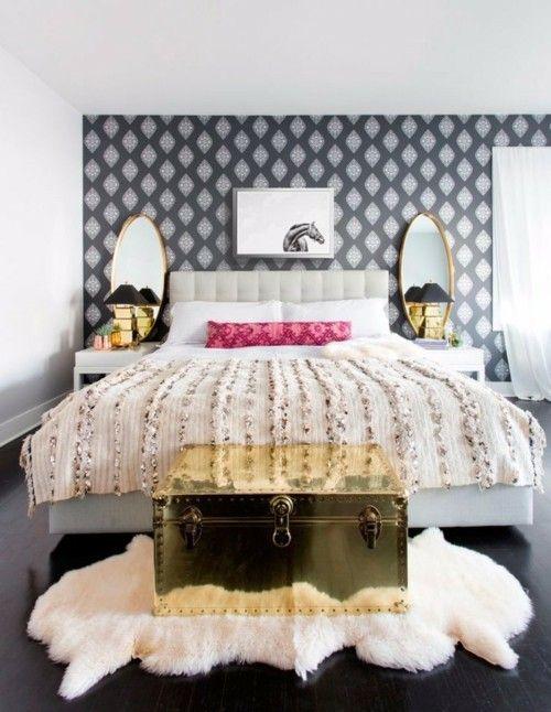 Ideen Schlafzimmer Eklektisch Weicher Weißer Teppich Wandtapete Dunkler  Boden