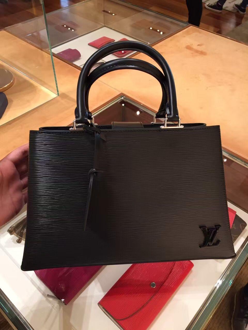 f5d8c7979ef2c Louis Vuitton Epi Kleber PM Bag M51334 Noir luxwomenstore.com  louis   vuitton…