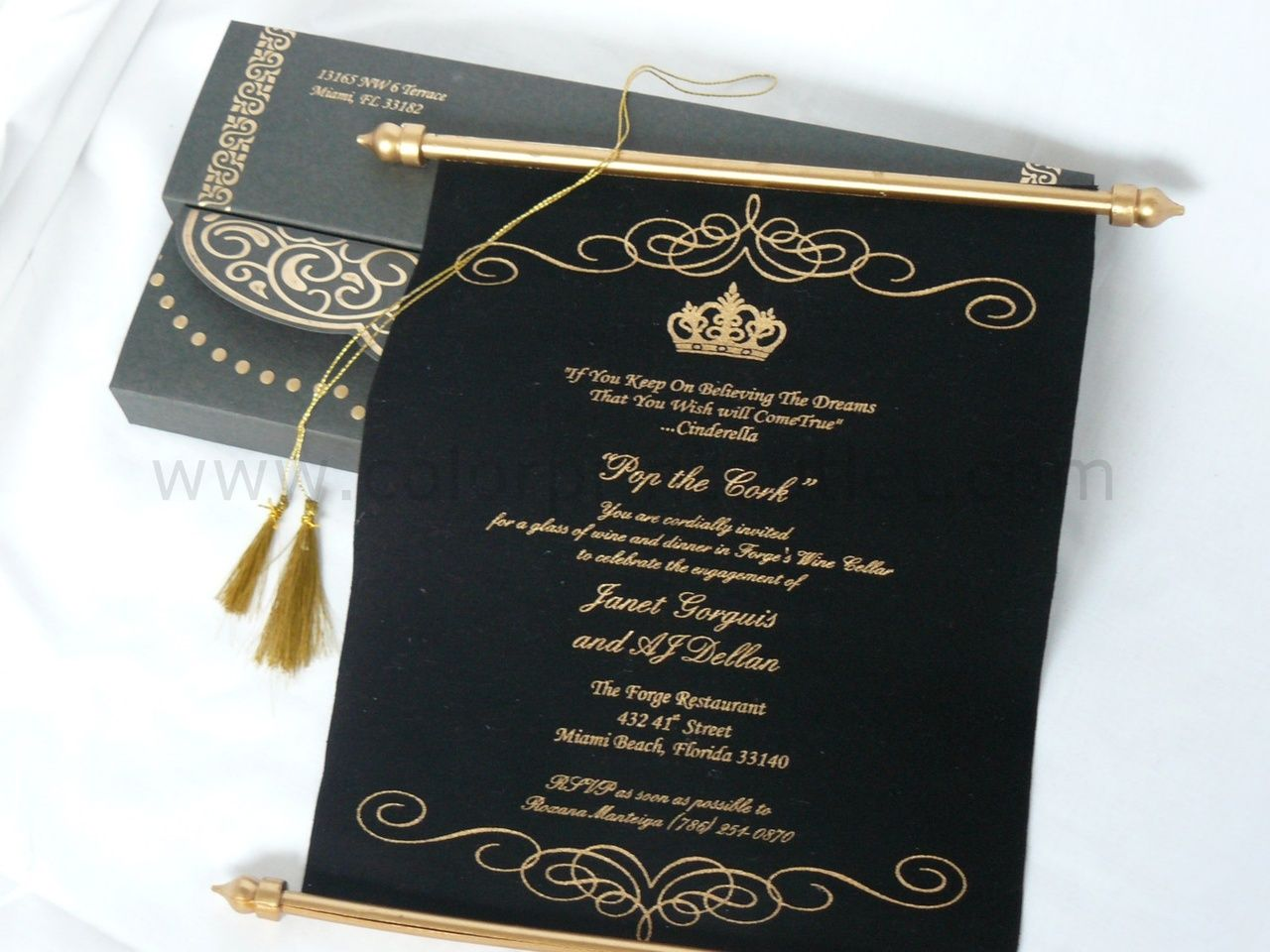 Black Gold theme Scroll in a Box (Set of 25), Unique style ...