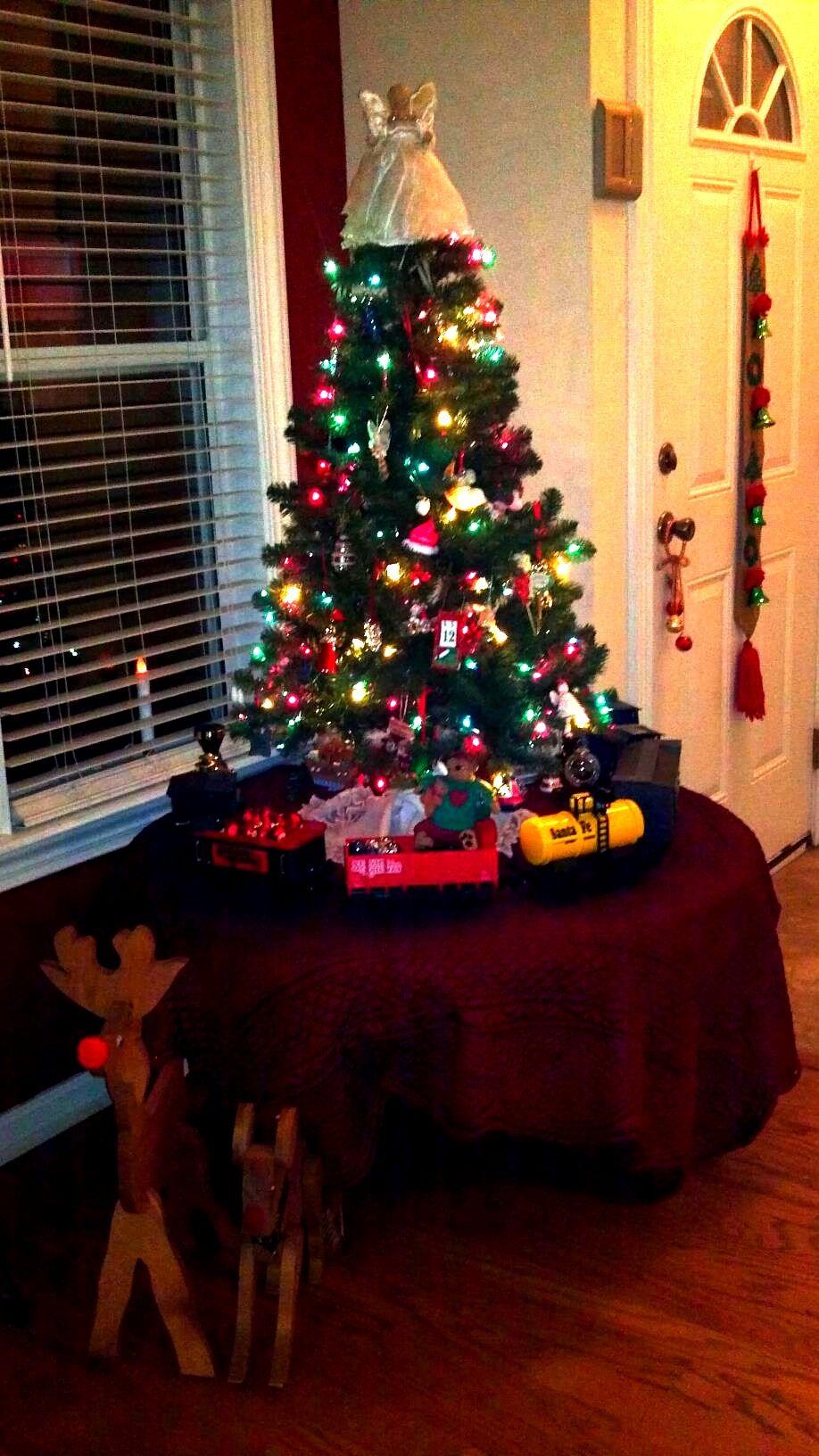 Christmas $$$ saving tip: Use a pre-lit 4ft Christmas Tree, sale ...