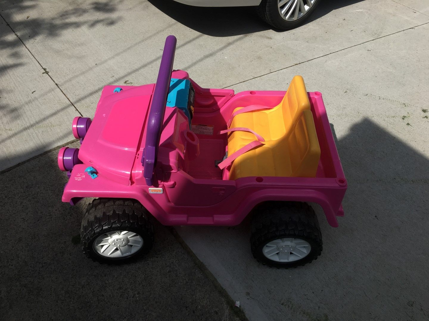 Made A Jurassic Park Power Wheels Jeep For My Son I Got Inspired By A Few Other Redditors And Decided To Make My Own Jeep Power Wheels Jeep Power Wheels Jeep
