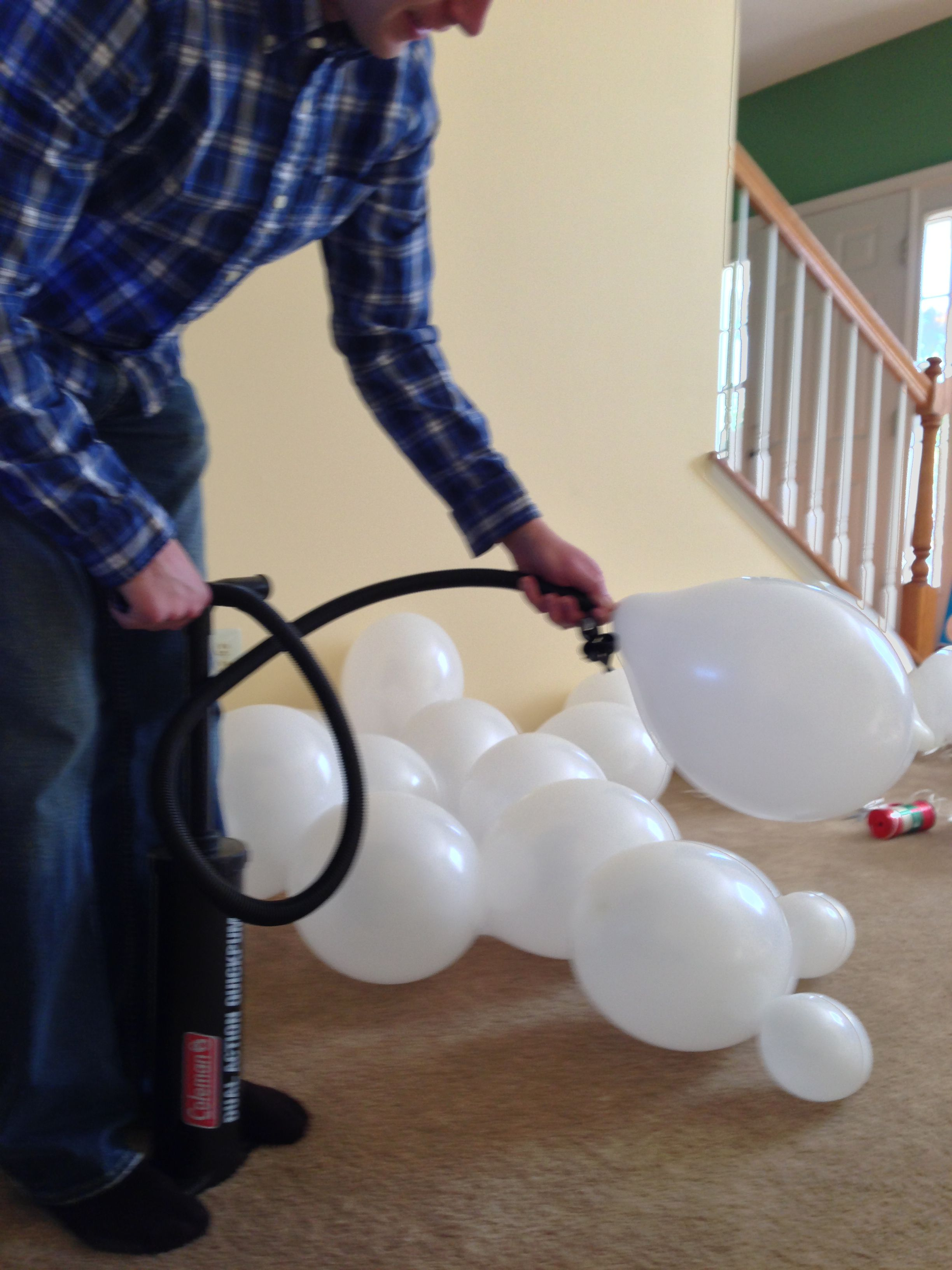 Pin By Laura Duray On Tips And Tricks Little Prince Party Blowing Up Balloons Balloon Backdrop