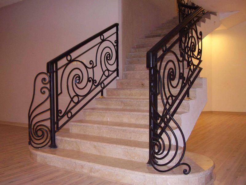 صور درابزين درج للفلل والدوبليكس بأحدث الاشكال ميكساتك House Styles Brick Patios Stairs