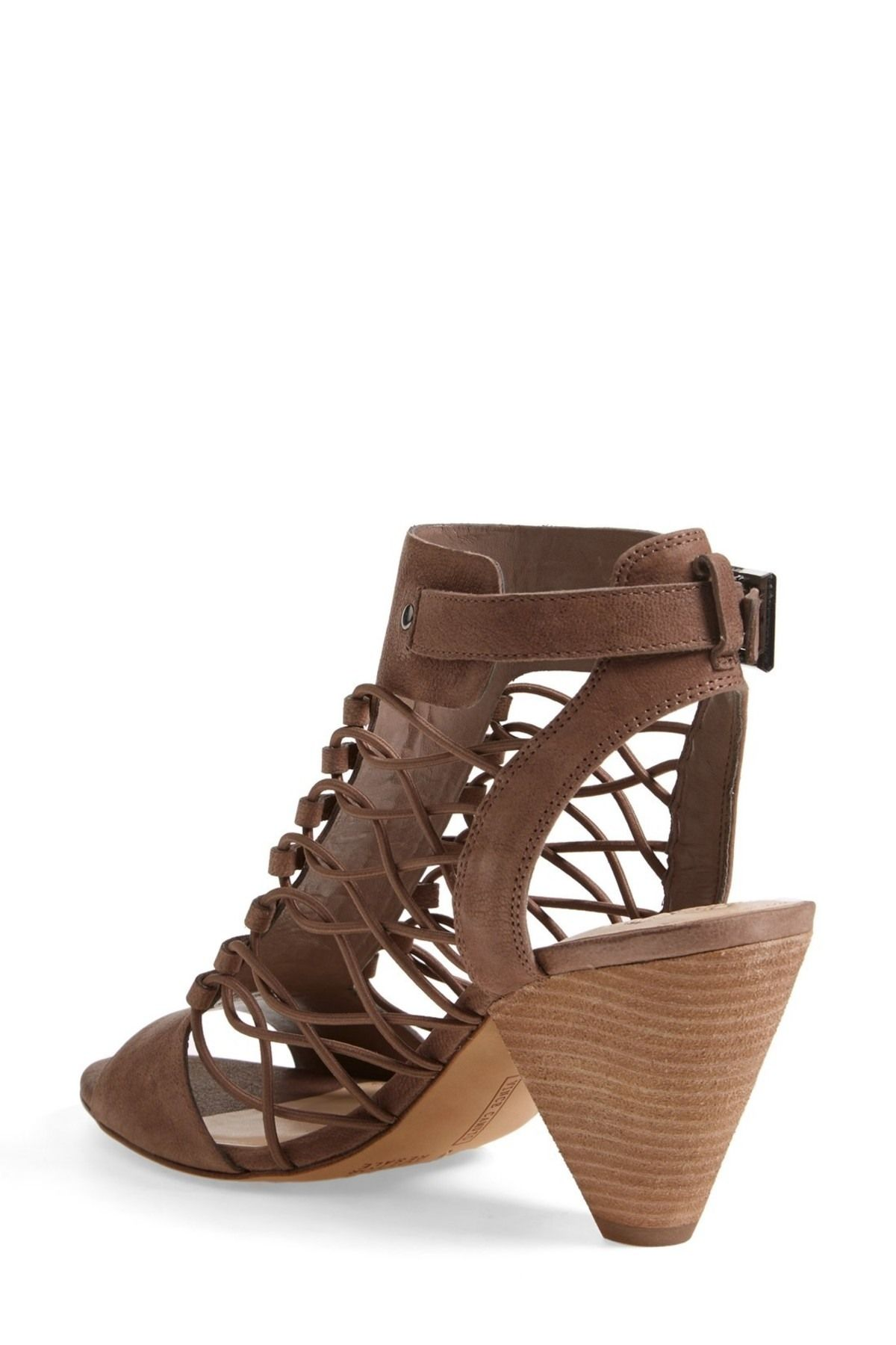 Vince Camuto - Evel Leather Sandal - Wide Width Available is now 0-49% 2c44528c6
