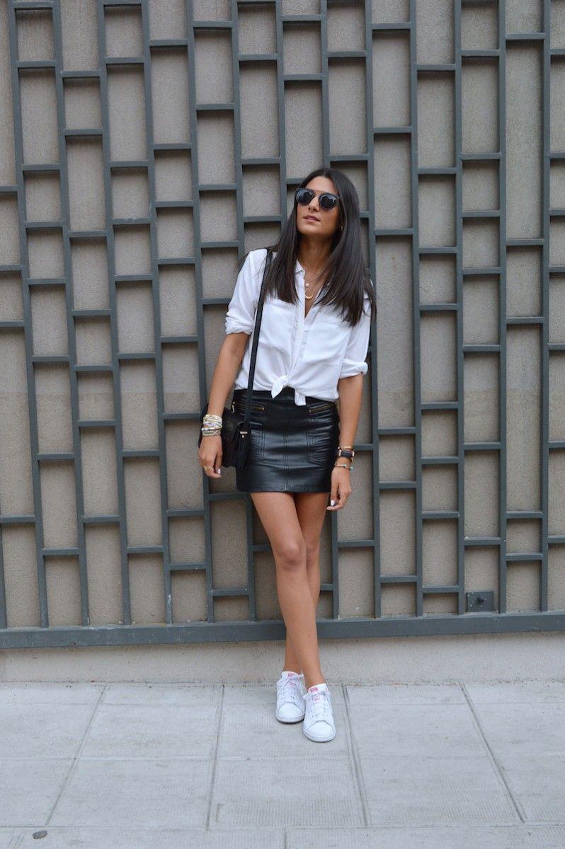 0febe130b1496 comment porter la jupe en cuir … | Leather Skirts and Blouses en 2019…