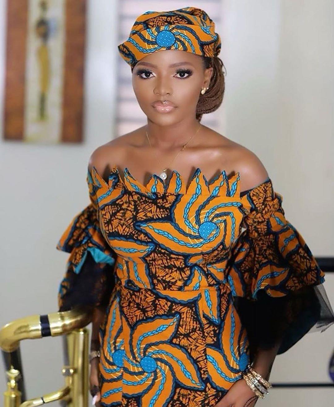 "African's Wedding/Fashion Blog on Instagram: ""#asoebi_styles 🖤👸✨ @_.rofiah  Dress @tifanys__empire"""