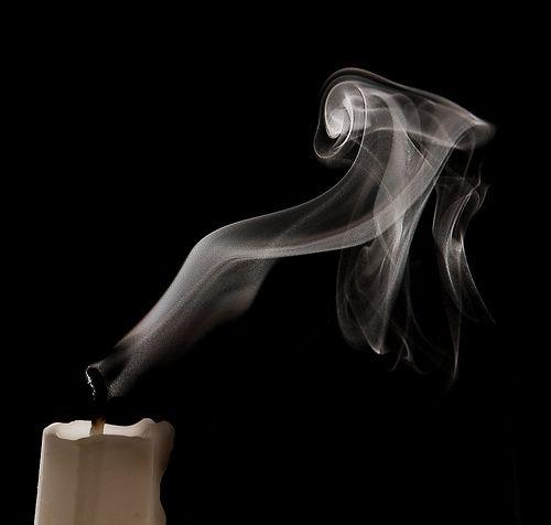 Resultado de imagem para duas velas apagadas