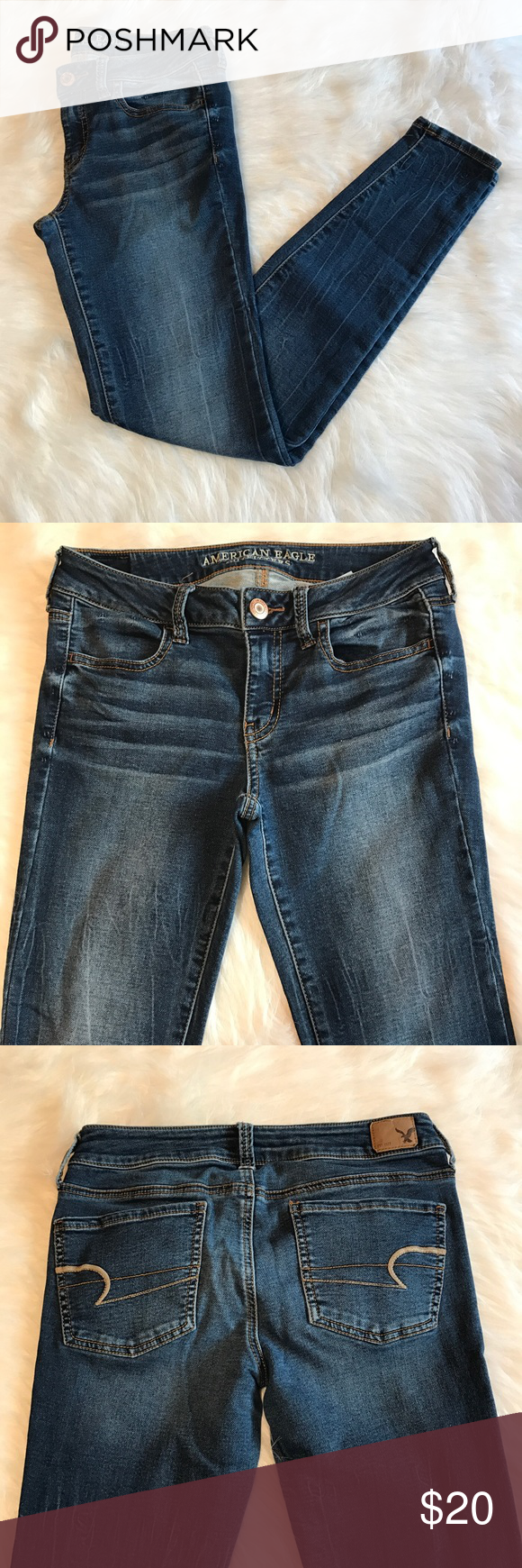 """Women's AEO jeggings Women's American Eagle Outfitters jeggings in excellent used condition. Size 4 regular, waist 14.5"""" inseam 28.5"""". Medium-dark wash denim American Eagle Outfitters Jeans"""