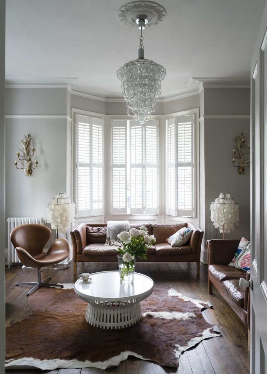 """We sat down with Creative Director, Lovisa Silburn to discover how she painted her busy family home in Kent with Farrow & Ball, from top to bottom, including the bathroom, kitchen and hall.""""There are so many wonderful paint shades to choose from, the only problem is picking one!"""""""