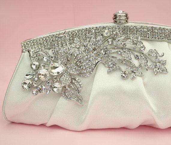6d3be0531361 Beautiful hand bag. Beautiful hand bag Bridal ...