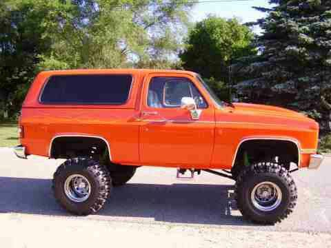 Love To Have A Old K5 Blazer Chevrolet Blazer Trucks Lifted