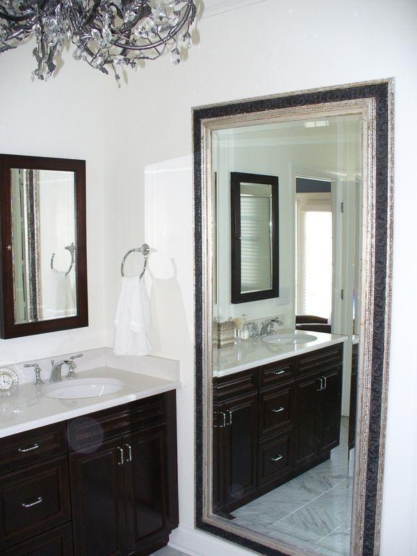 Espejos para duplicar espacios peque os objetos y for Accesorios para decorar banos pequenos