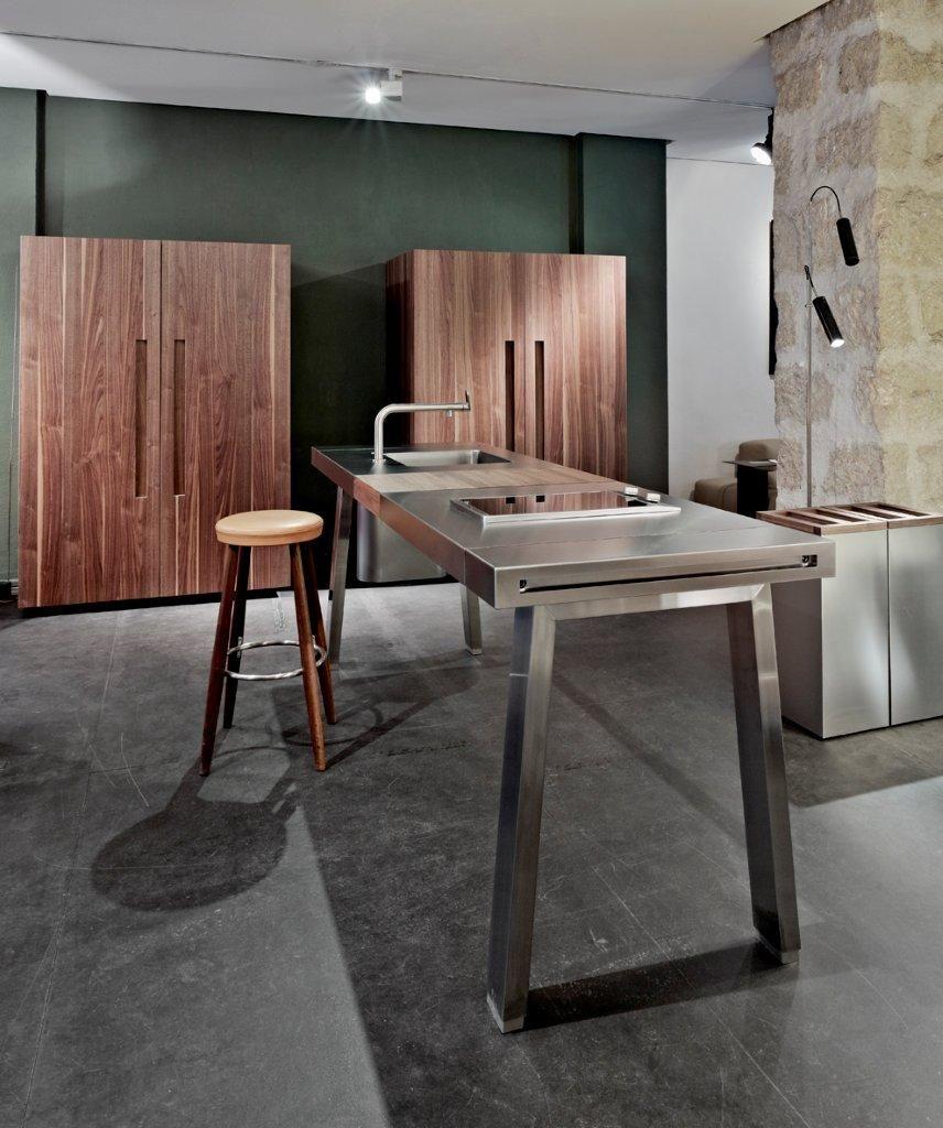 showroom loft nice cuisine b2 de bulthaup http www. Black Bedroom Furniture Sets. Home Design Ideas