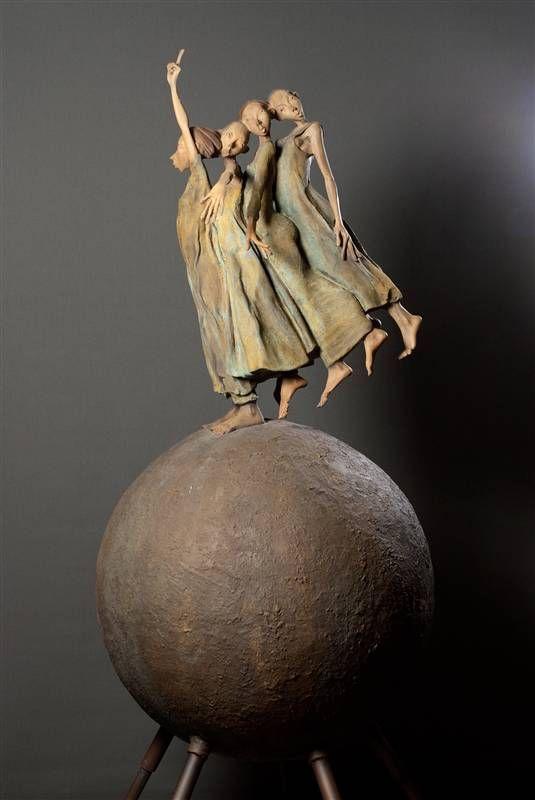 Pin By Loretta Reid On Kunst Ceramic Sculpture Figurative Sculpture Ceramic Art