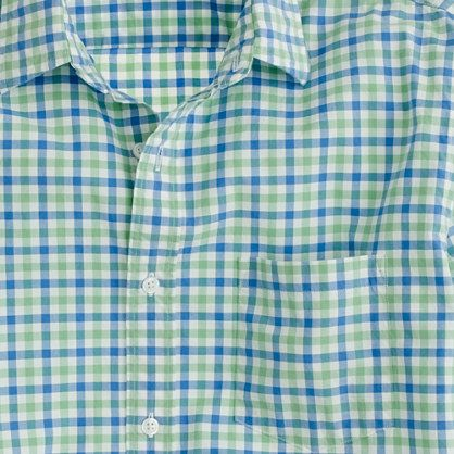 Love the color combo~ Secret Wash lightweight shirt in apple green tattersall