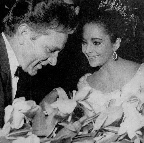 Richard Burton & Elizabeth Taylor in Paris | Elizabeth ...
