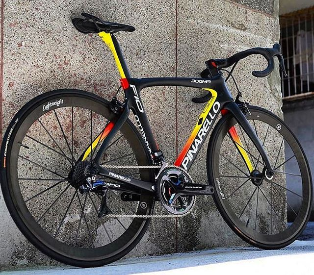 Love the look of this Pinarello Dogma F10 Ambra 202. #cycling ...