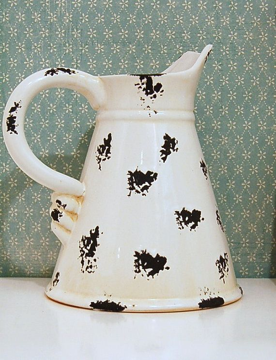 Vintage Ceramic Enamelware Pitcher / Vase by ThatStuffInTheAttic, $21.99