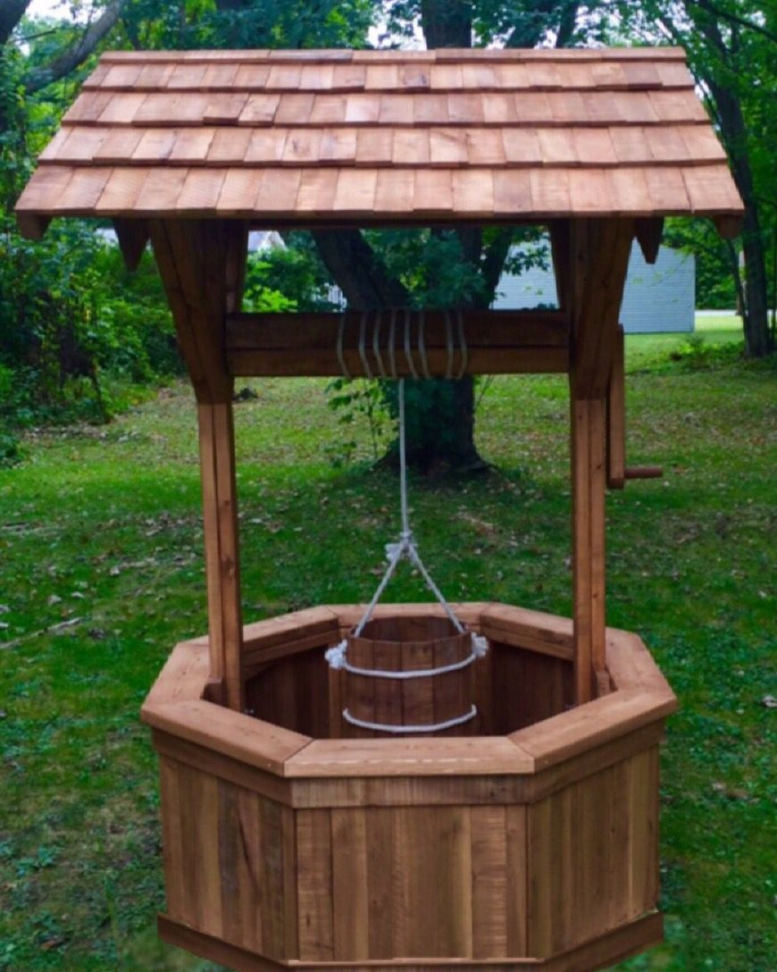 recycled pallets wishing well diy outdoor decor wishing on easy diy woodworking projects to decor your home kinds of wooden planters id=52718
