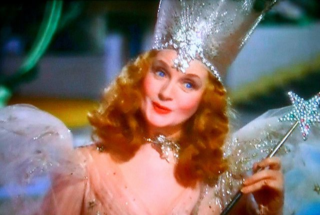 Glinda Good Witch Of The North Glenda The Good Witch Glinda