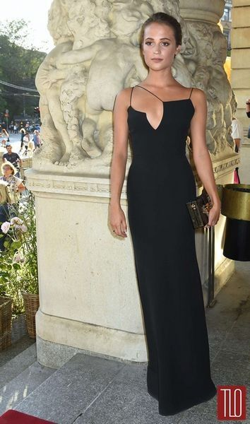 Alicia Vikander, en la premiere de Jag ar Ingrid, con un vestido ...