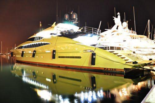 Puerto Banus A Luxury Yatch Port Cool Boats Luxury Yachts