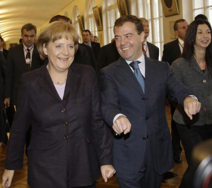 Дружба политиков (25 фото) (с изображениями) | Политика ...
