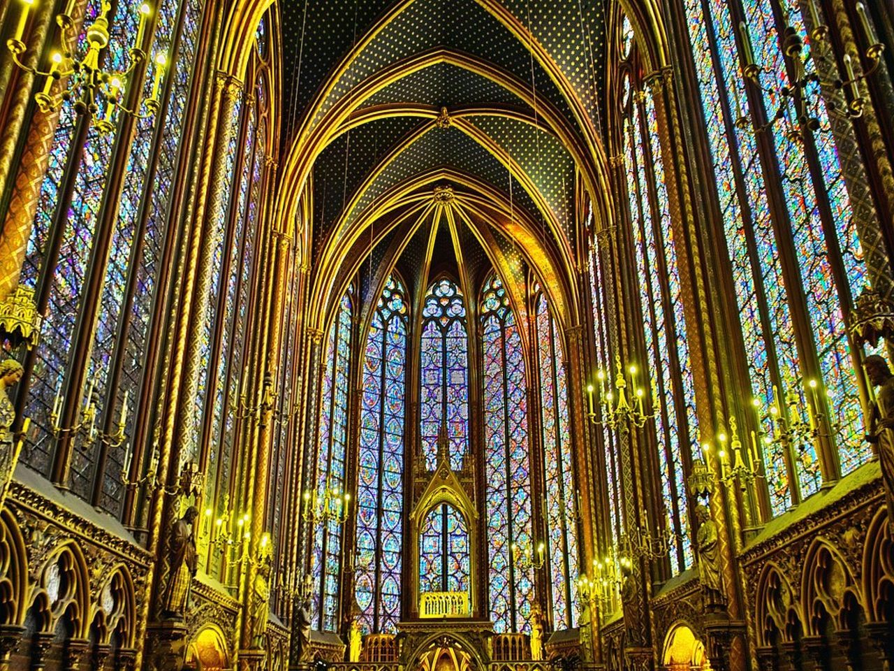 The Upper chapel was reserved for the King and held holy relics. Today you can enjoy the spectacular stained glass windows in the upper Chapel which cover a 600 Square meters or over 6,400 Sq. feet.#France #Vacations