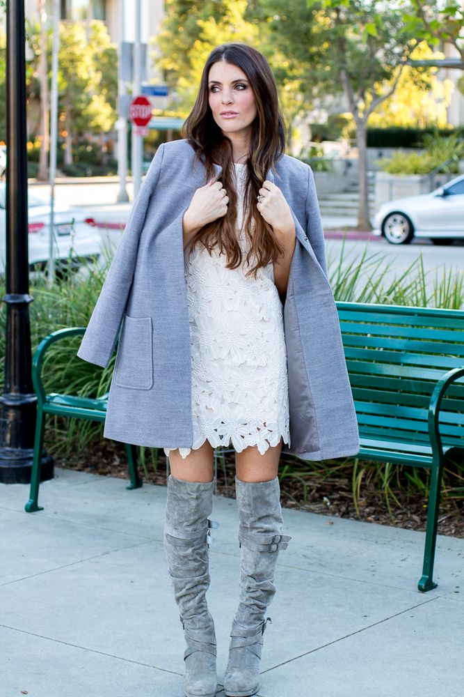 This dress is just like the Dolce Vita one but for $30 instead of $200! Forever 21 dress and coat. Fall fashion, gray suede boots, fashion, blog