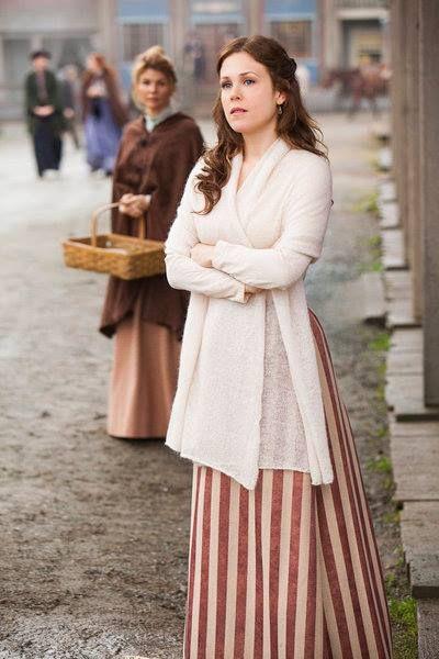 I love all of Elizabeth's wardrobe. That era was so feminine and pretty. When Calls The Heart