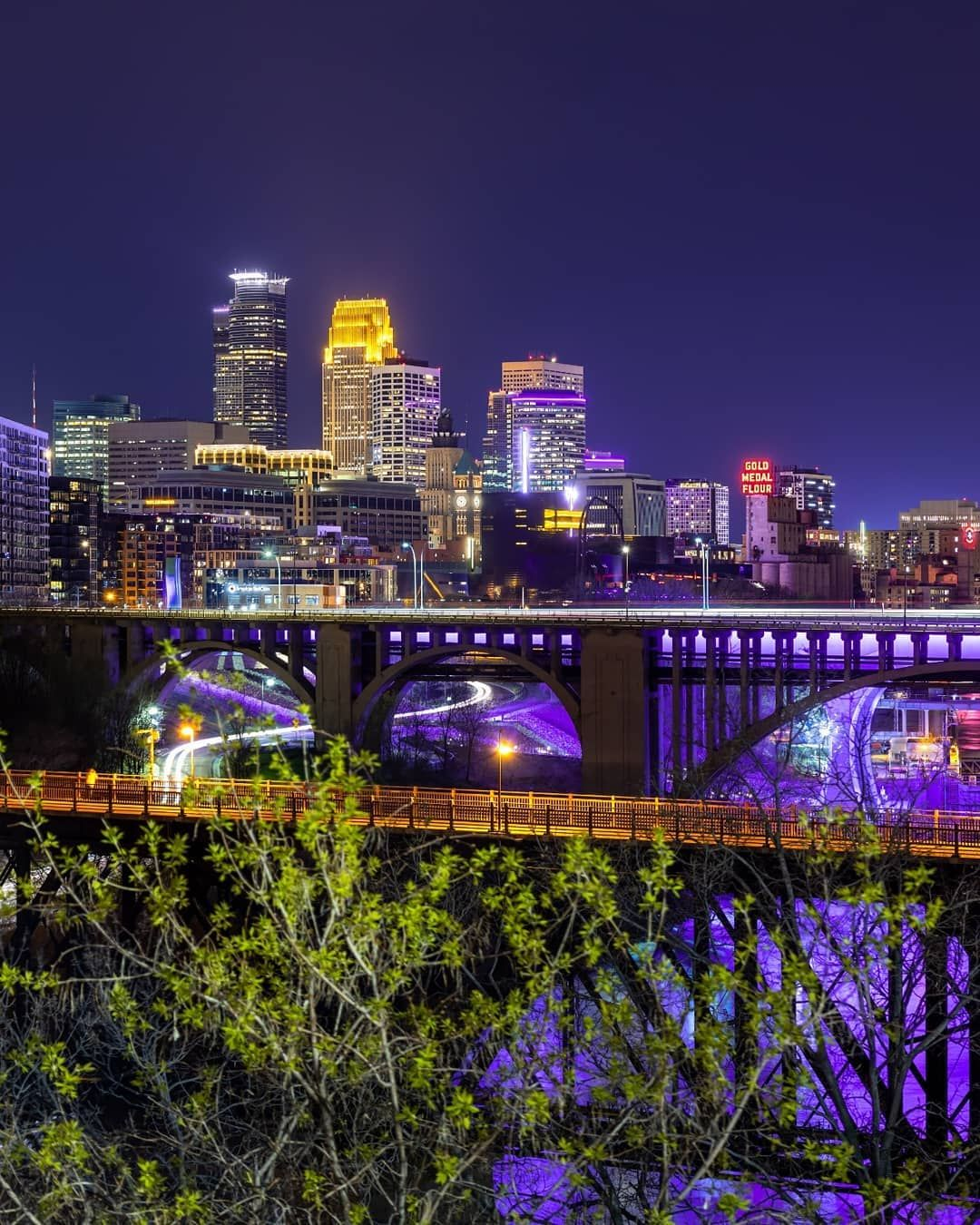 Minneapolis Lit Purple Last Night To Honor The Purple One Prince