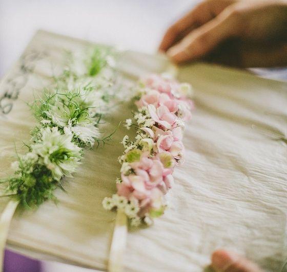 Blumenarmband Vintage Wedding Pinterest Wedding Flowers