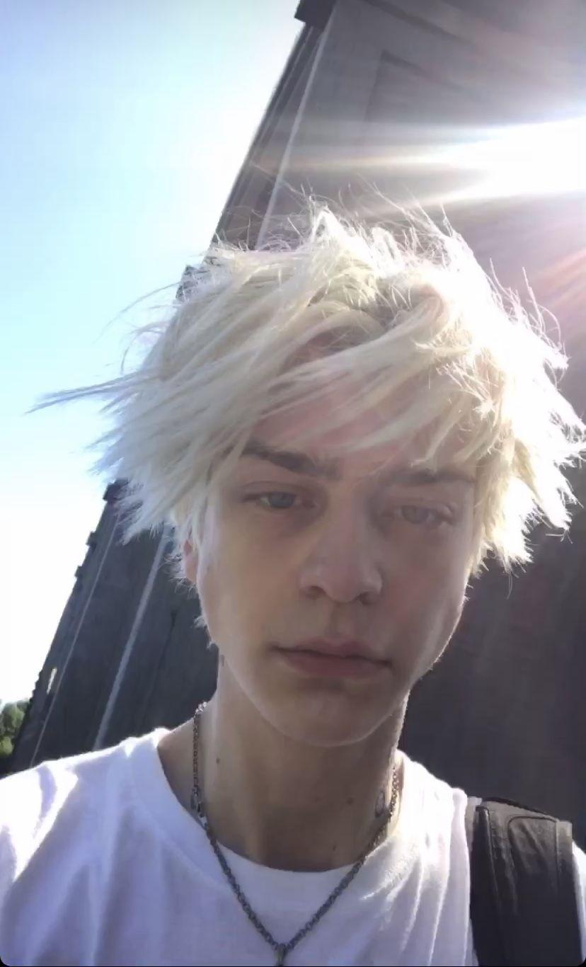 kisu hampi  Blonde boy aesthetic, Blonde boys, Aesthetic boy