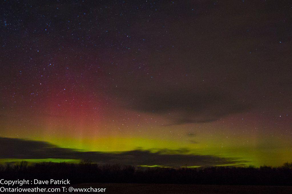 "Dave Patrick on Twitter: ""Aurora - Grand Bend, ON - Dec 20, 2015 @TamithaSkov @eljakeo30 @AuroraMAX @NorthLightAlert @NebulousNikki https://t.co/vJMy6rF5aR"""