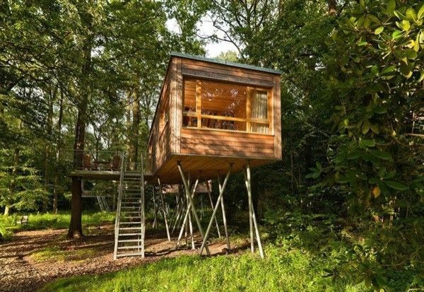 tiny house treehouse in Germany