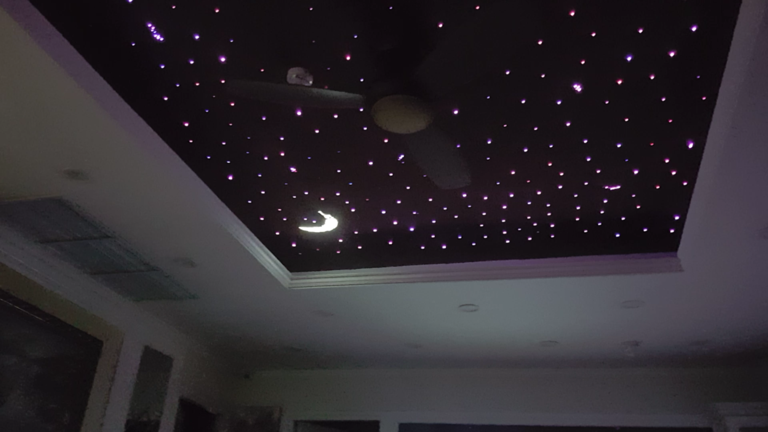 Hình ảnh trần sao nhân tạo | Phòng khách, Nhà