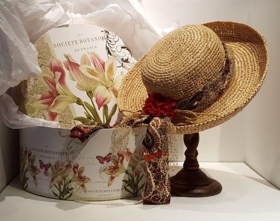 Love the hat box display!