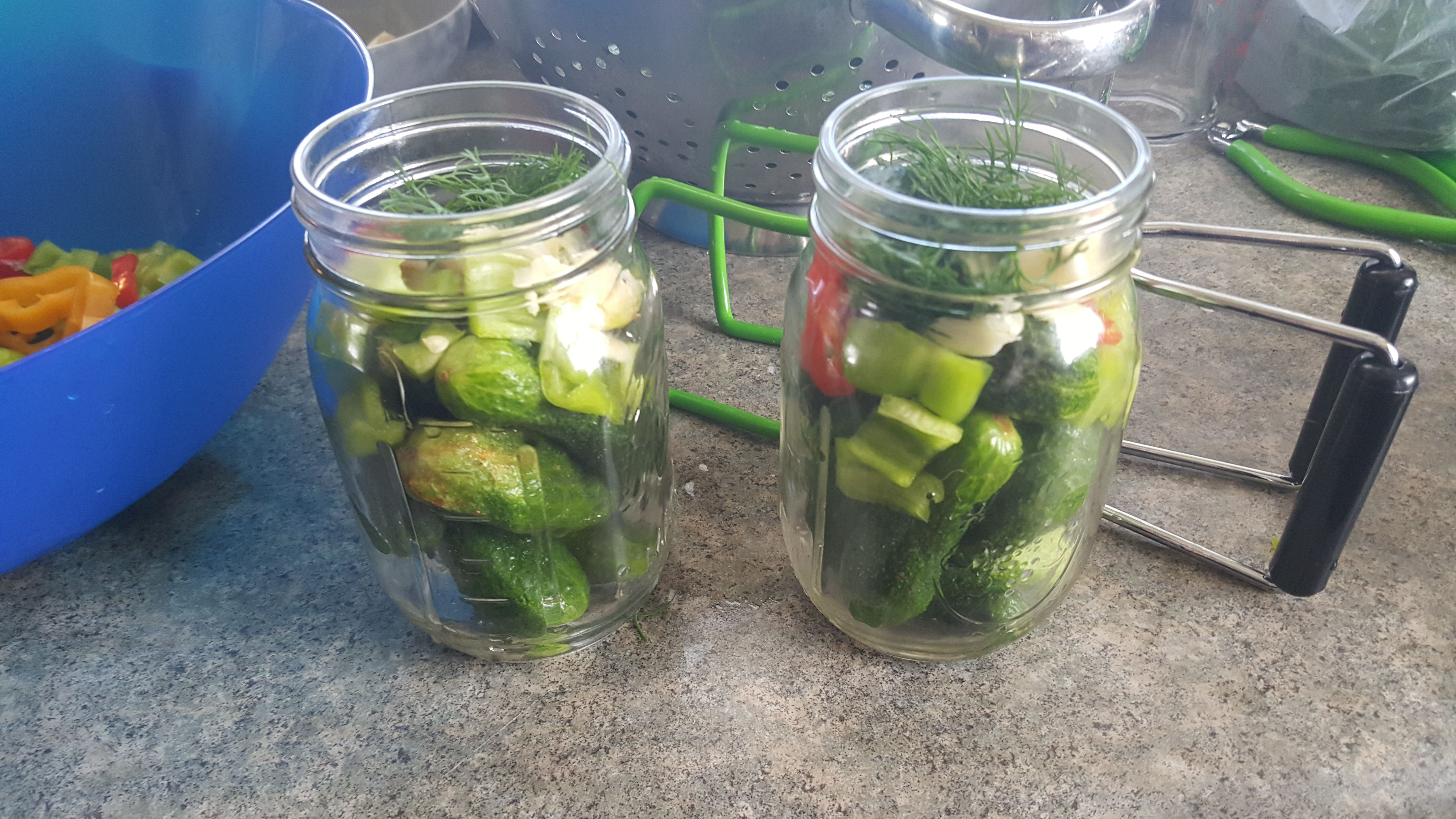 How to can kosher dill pickles and banana peppers