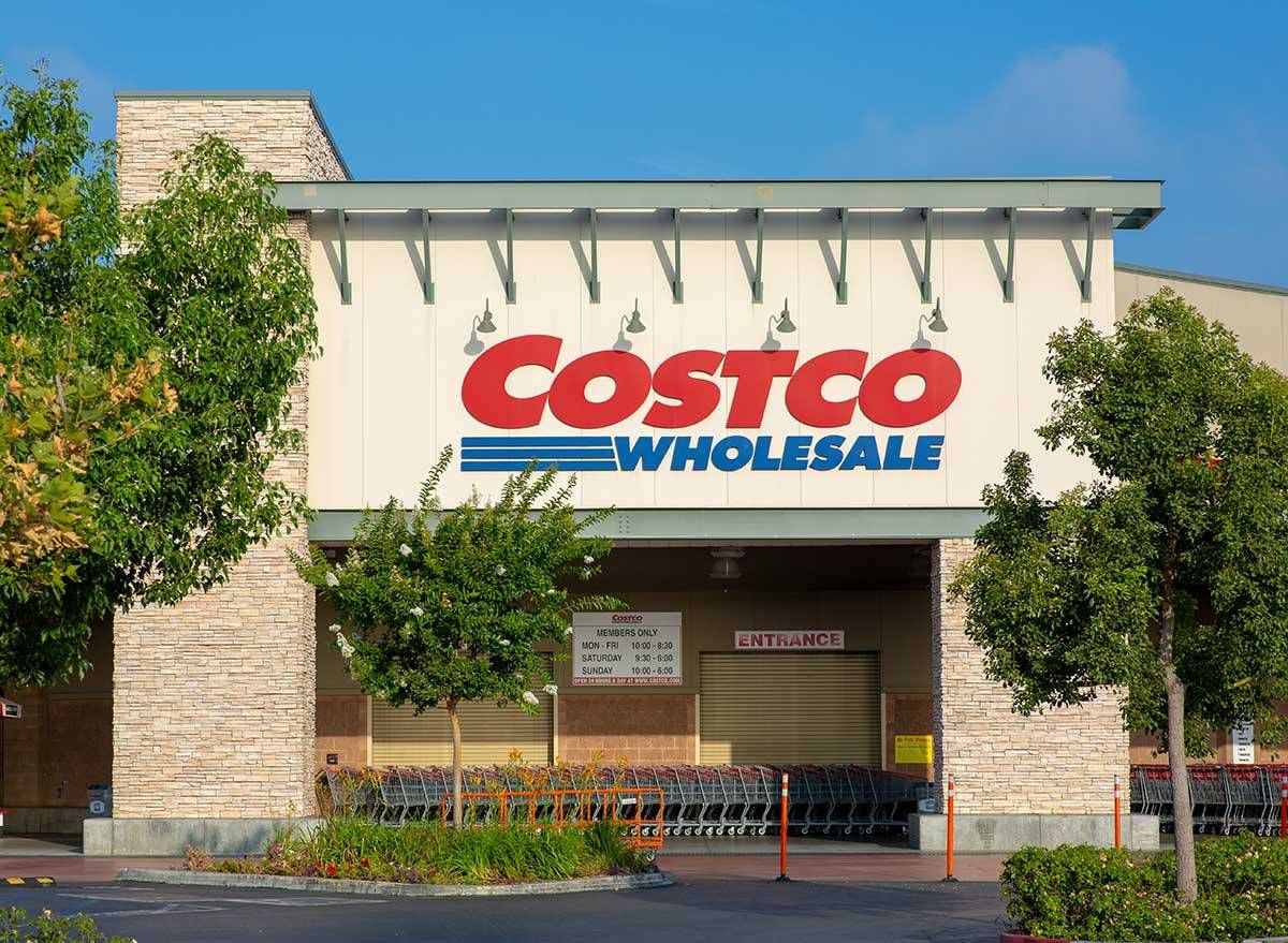 Costco Shoppers Are Boycotting Over Mask Policy Eat This Not That In 2020 Costco Meals Costco Costco Membership