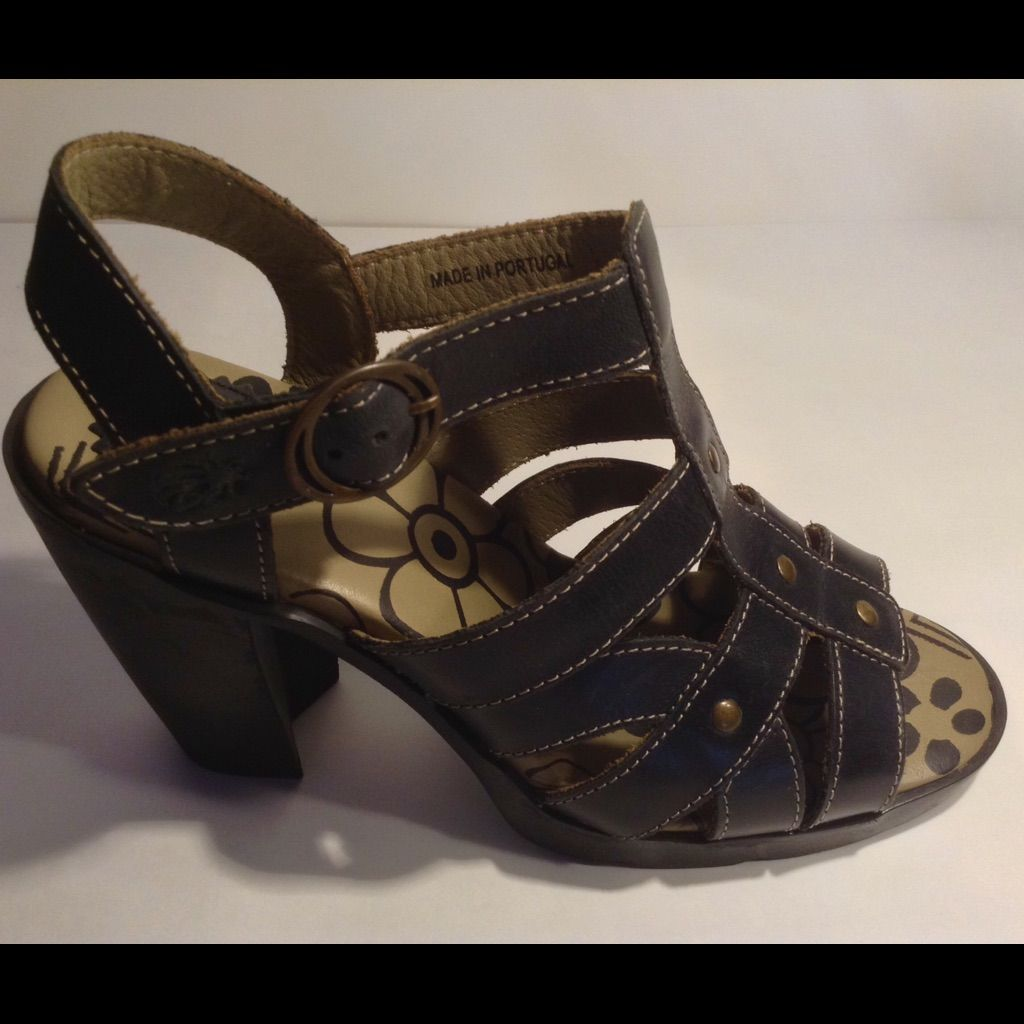 af272e1e0813 Fly London Black Strappy Sandals Size 37 Maye