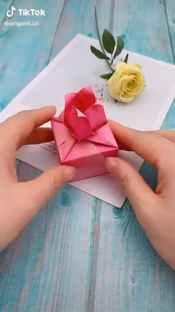 Photo of Origami video. easy. Rose candy box.
