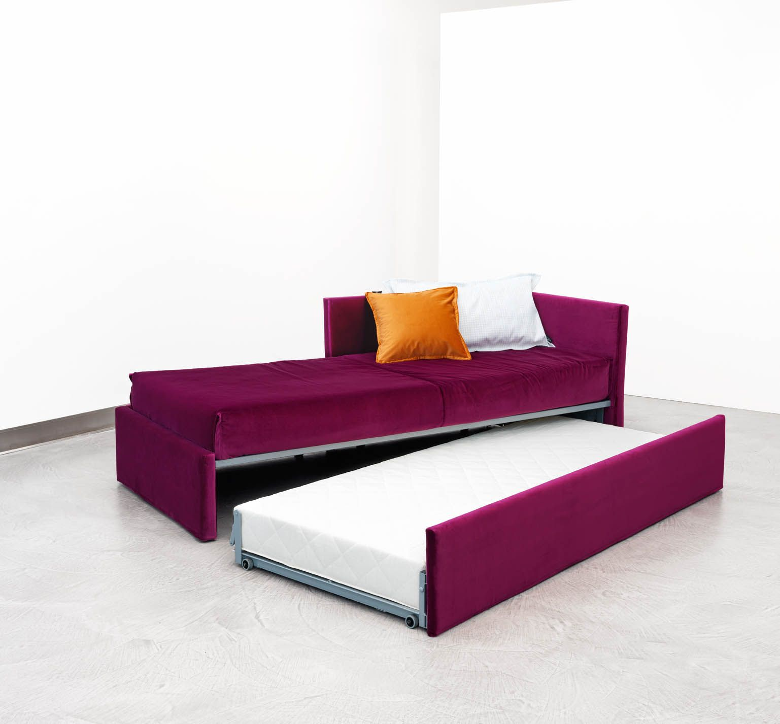 Design Giulio Manzoni For Orizzonti Italia The King Size Single From Single Bed To A Comfortable Bed For Two Functional Gabriel Duo Can Be An Insel