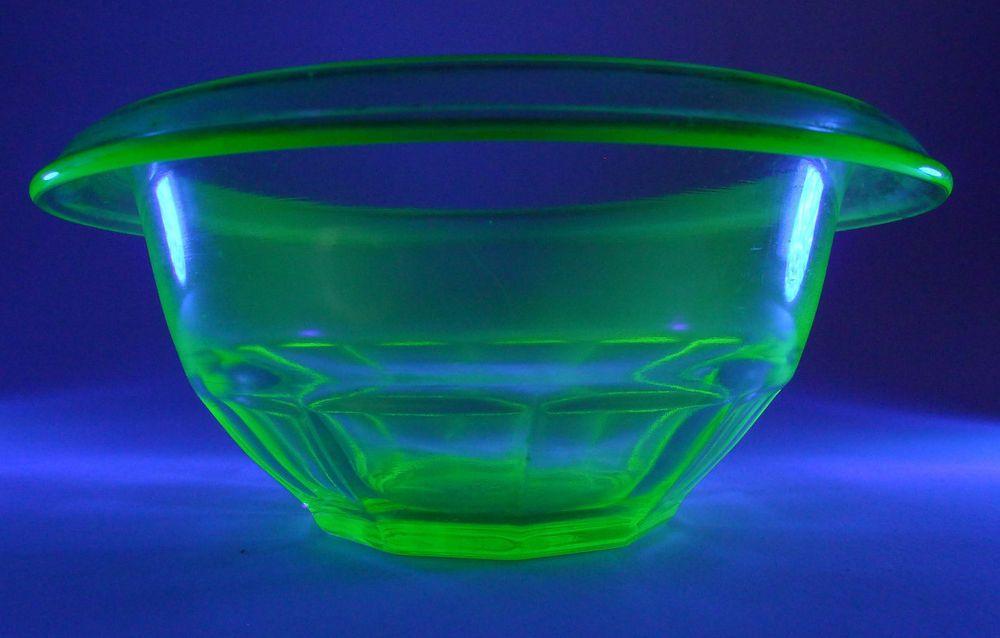 HAZEL ATLAS VASELINE GLASS SMALL MIXING BOWL