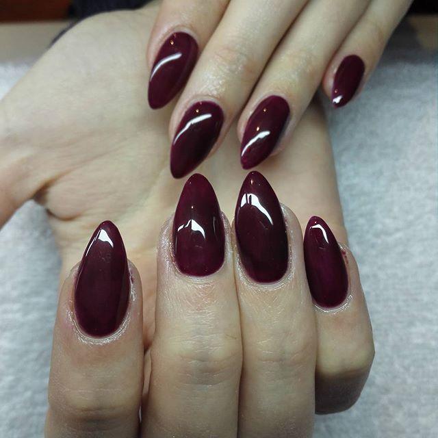 Nailo Be On Instagram Nails Purple Beauty Almond Naglar Instanails Nai Almond Acrylic Nails Designs Almond Acrylic Nails Nails Design With Rhinestones