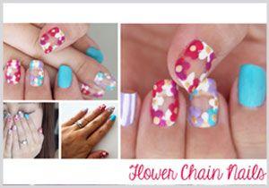 Flower Chain Nails