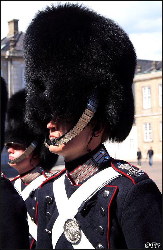 Guardsmen... - Copenhagen, Kobenhavn