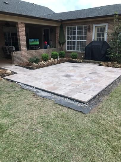 Stonebilt Concepts 10 Ft X 10 Ft San Juan Blend Heritage Stone Paver Patio On A Pallet 10 10 3pc 031 The Home Depot Patio Stones Patio Pavers Design Backyard Patio Designs