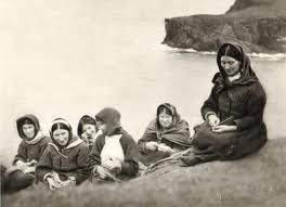 Above is a photo of women on St Kilda taken in August 1909.  From left to right we have Mrs Donald Gillies, Mrs Macdonald, Mary Macdonald, Mary Macqueen, widow Mackinnon and Mrs Neil Ferguson.